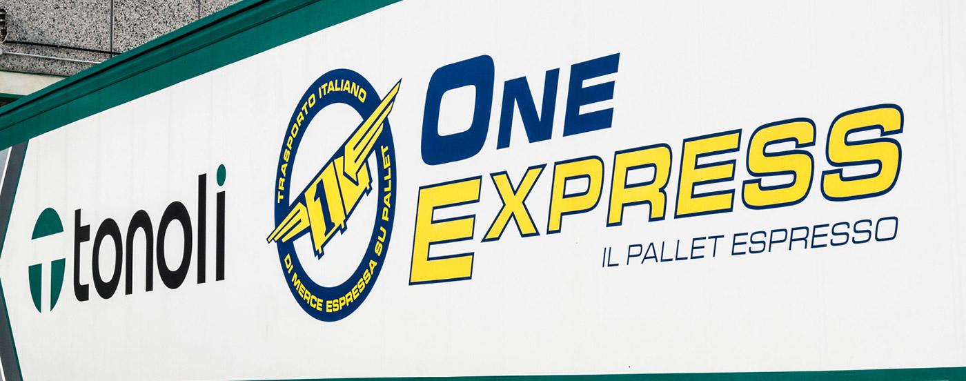 Pallet-espresso-groupage-oneexpress-spedizione-pallet
